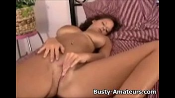 busty her babe fingers pussy tight 44 emtpy tits