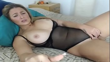 sunnyleone fuck video Mom with a young