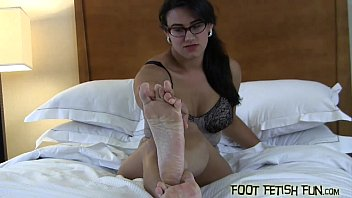 sexy mules feet Reetha selvarjan sex video boyfrind