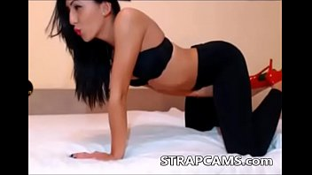 rips yoga pants masturbating daughter Mohabbat barsa dena tu mp3 pagalwolad com