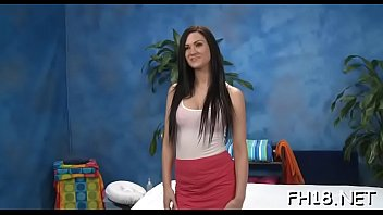 oil 12 massage Kylie is a screamer that takes it balls deep
